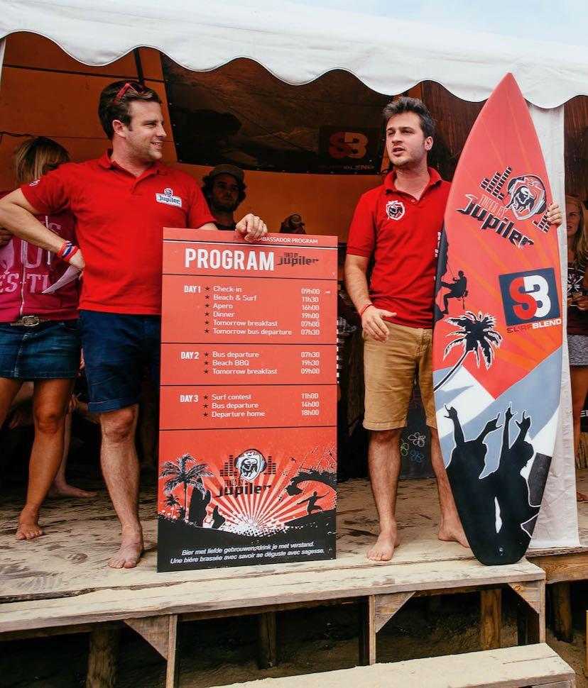 Teambuilding bij de Surfblend Surfschool